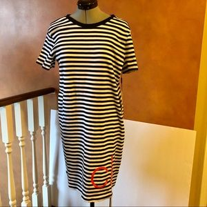 NWT Calvin Klein Black/White Monogram Tshirt Dress